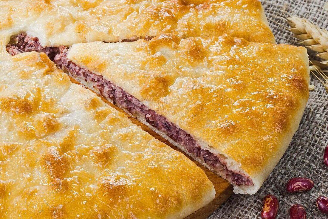 Начинка осетинского пирога с фасолью и грецким орехом