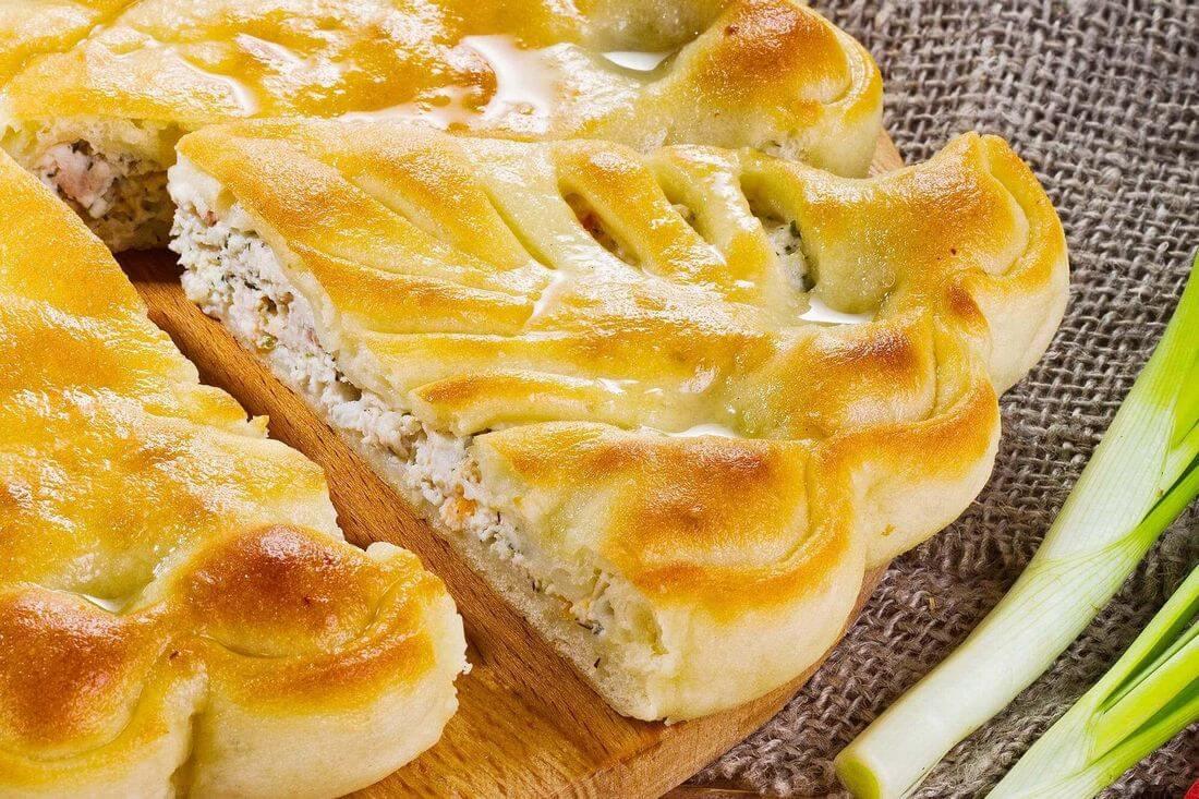 Начинка осетинского пирога с индейкой и болгарским перцем