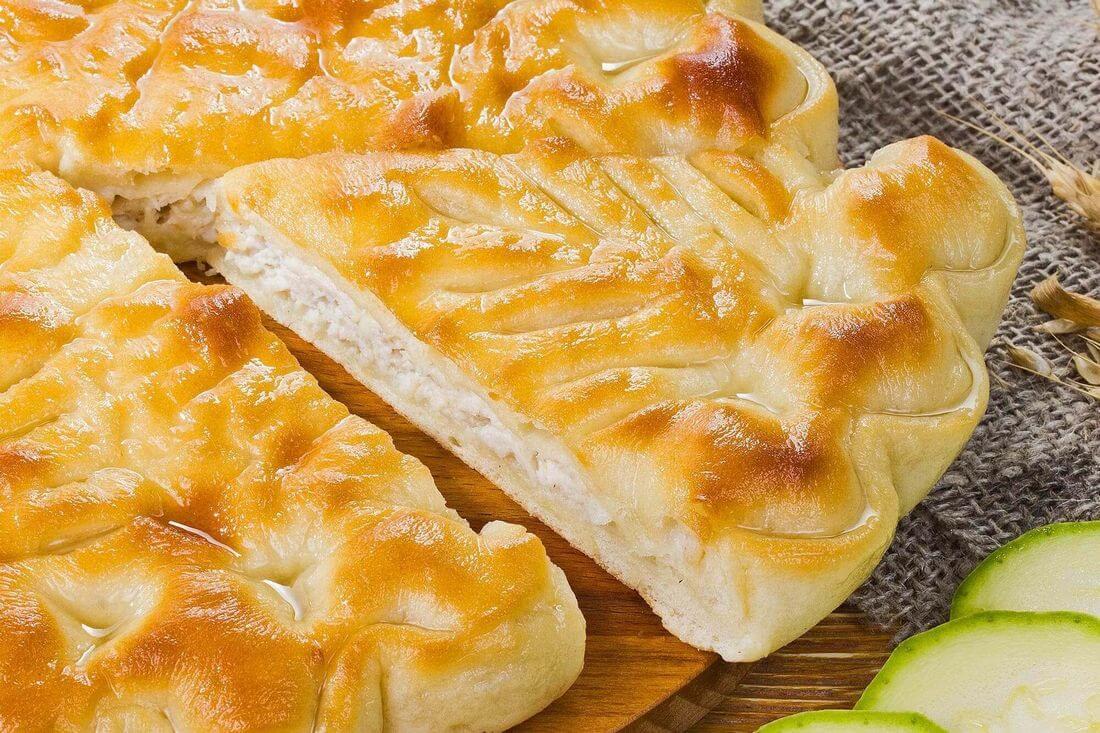 Начинка осетинского пирога с индейкой и кабачками