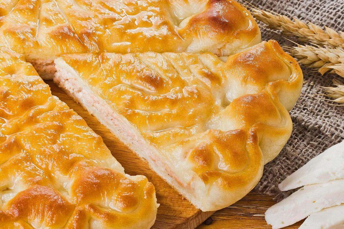 Начинка осетинского пирога с индейкой и сыром