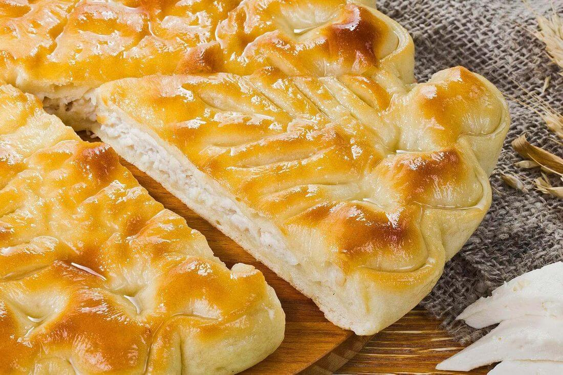 Начинка осетинского пирога с индейкой, кабачками и сыром