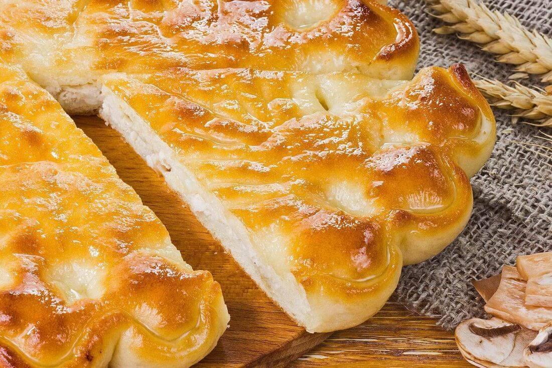 Начинка осетинского пирога с капустой, грибами и жареным луком