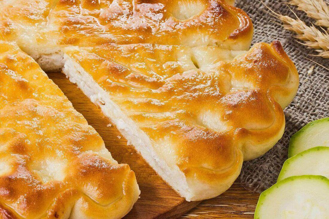 Начинка осетинского пирога с курицей и кабачками