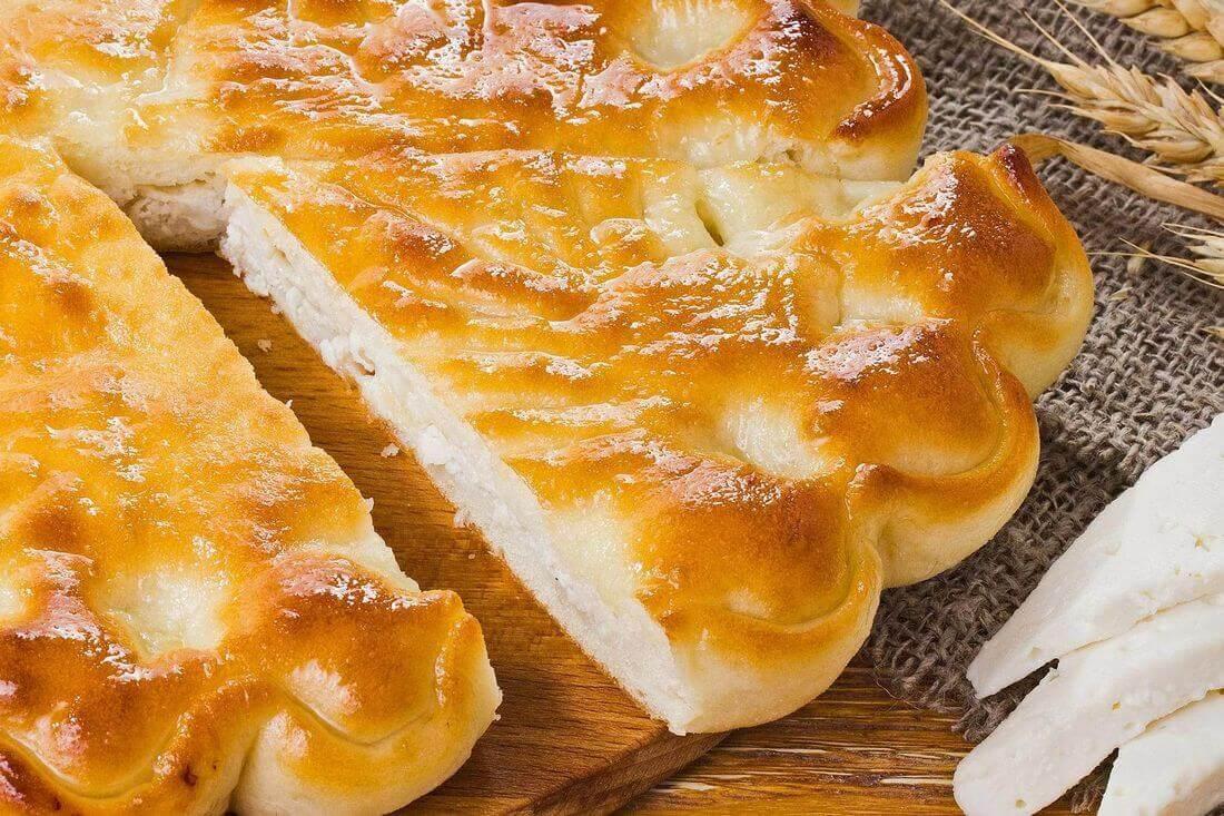 Начинка осетинского пирога с курицей и сыром