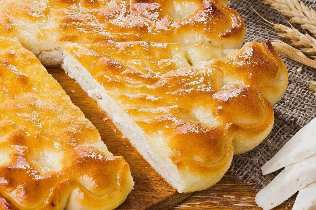 Начинка осетинского пирога с курицей, кабачками и сыром