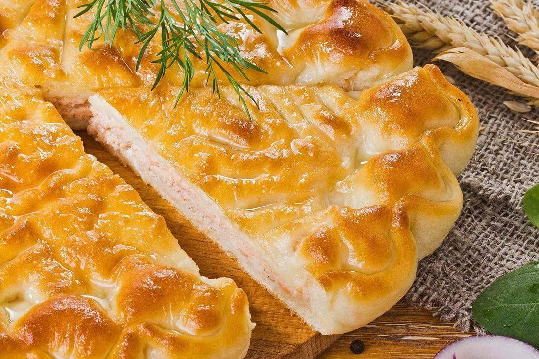 Начинка осетинского пирога с лососем и шпинатом