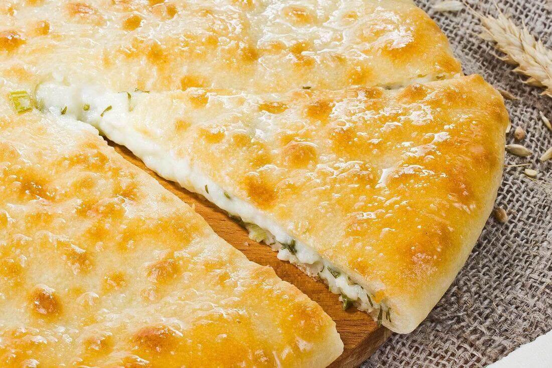 Начинка осетинского пирога с сыром осетинским (уалибах)
