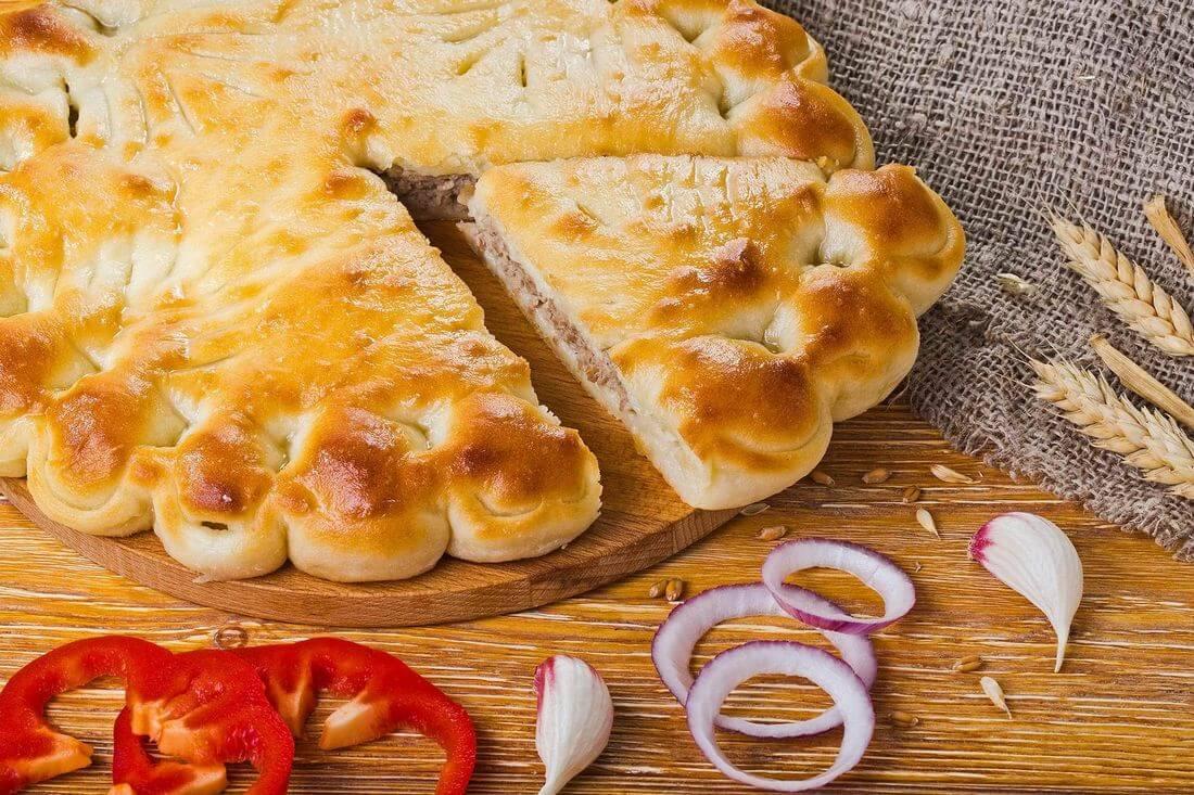 Осетинский пирог с говядиной и болгарским перцем