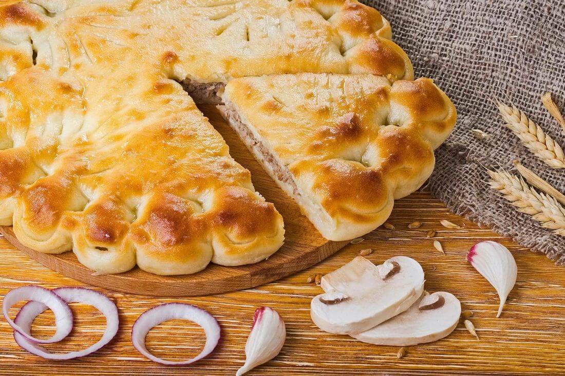 Осетинский пирог с говядиной и грибами