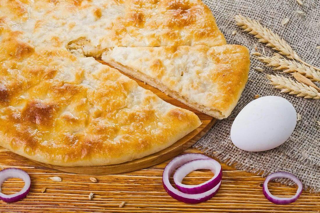 Осетинский пирог с капустой, яйцом