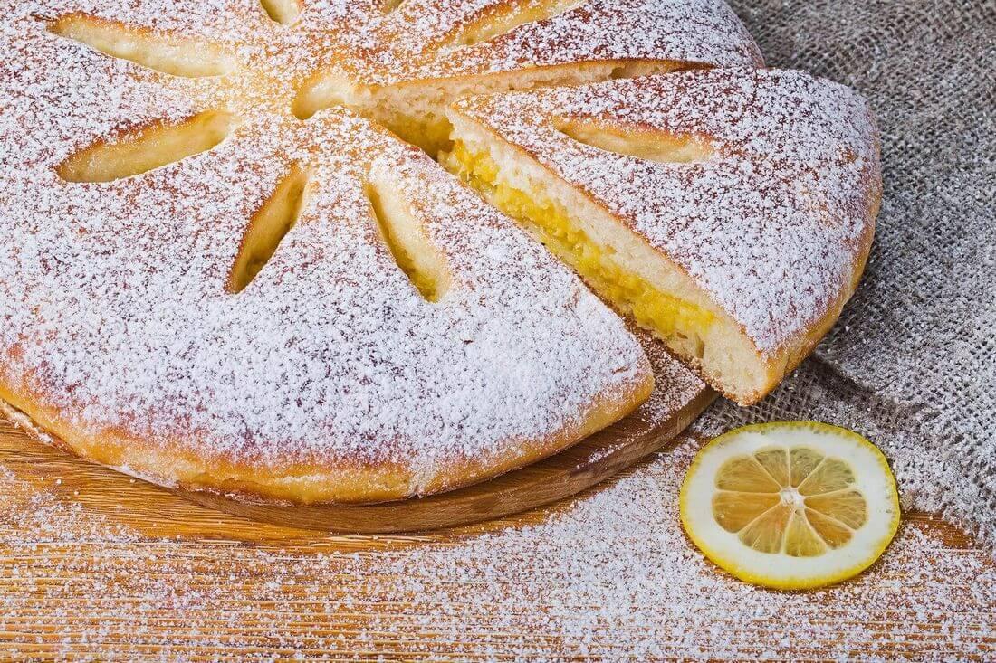 Осетинский пирог с лимоном