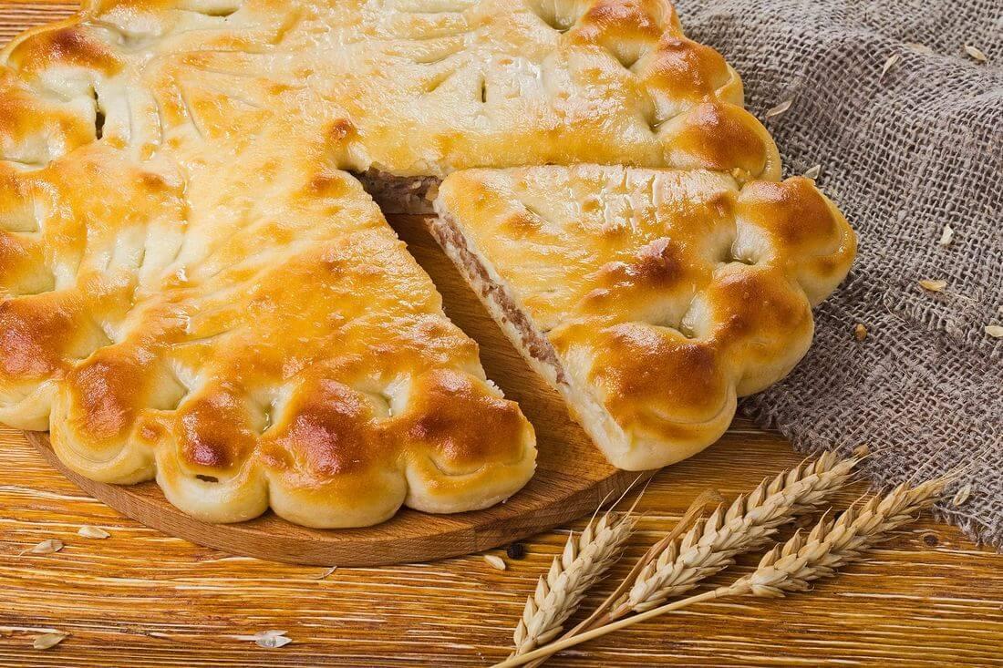 Осетинский пирог с печенью говяжьей (ливером)